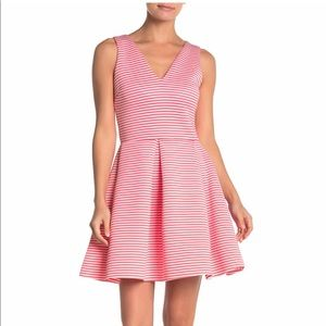 ❤️NWOT Love...Ady pleated Dress (Size-Small)❤️